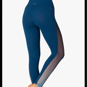 Beyond Yoga Side Panel Ombré Mesh leggings
